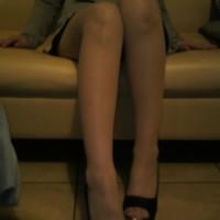 【足フェチチラ画像】ストッキングフェチの男性の股間がモリモリ反応しそうなエロアングル画像wwwwwww