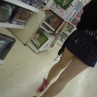 GWぐらいになるとクソ短いスカートの女の子が街中に増えるwwwwエロくて抜けるわけだがwww