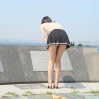 【街中パンチラハプニング】前かがみでパンツが見えてしまった女の子たちwwww